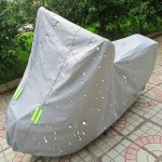 Outdoor Universal Anti-Dust Sunproof Waterproof Electric Bike And Bike Aluminum Film Flocking Cover with Warning Strips, Fits Bi