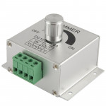 Aluminum Single Color Dimmer Switch LED Dimmer Controller for Strip Light DC12-24V, Output Current: 8A(Silver)